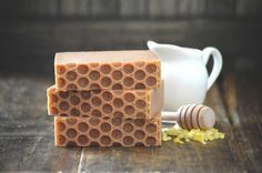 Beeswax And Honey Soap For A Pure Natural Clean :http://coolthingstobuyfor.com/beeswax-and-honey-soap/