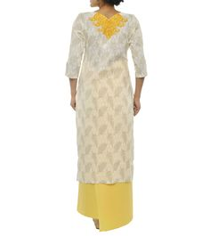 The high-end label has an array of stunners that will drape you in sheer elegance and give a sleek and stylish appeal to your everyday look. Embroidered Kurti, Everyday Look, Label, Cold Shoulder Dress, Booty, Elegant, Yellow, Stylish, Cotton