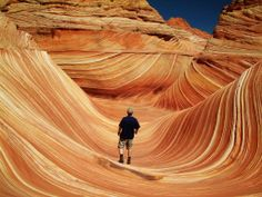 The Wave – Arizona. The Wave is a sandstone rock formation in Arizona, near the border to Utah. The wave bands are created by erosion from water and later wind. The Wave Arizona, Arizona Usa, Oh The Places You'll Go, Places To Travel, Travel Destinations, Places To Visit, Photo Usa, Paria Canyon, Canyon Utah