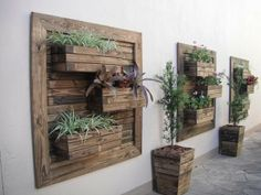 41 Diy Creative Vertical Garden Wall Planter Boxes 79 How to Diy Vertical Wall Garden Planter 6 Wooden Pallet Wall, Pallet Wall Decor, Pallet Art, Pallet Projects, Diy Projects, Diy Pallet, Pallet Ideas, Wood Wall, Pallet Walls