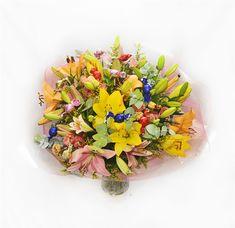 זר מתוק עם פרחים חגיגה מתוקה של פרחים ושוקולדים שכיף לקבל