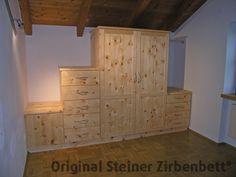 Zirbenholzschrank für Schlafzimmer, Maßbeinbau, Mansardenzimmer