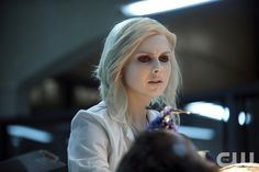 """iZombie -- """"Virtual Reality Bites"""" -- Image Number: ZMB106A_0113 -- Pictured: Rose McIver as Olivia """"Liv"""" Moore -- Photo: Cate Cameron/The CW -- © 2015 The CW Network, LLC. All rights reserved.pn"""
