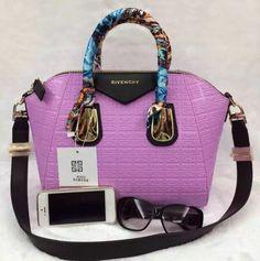 b7780230e0 Givenchy Antigona Tote Bag 100% Authentic 80% Off