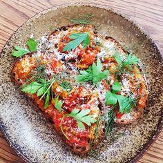 Roasted tomato and pumpkin.  #meccacoffee #tomato #pumpkin #foodblog #foodblogger #foodporn #sydneyfood #sydneyfoodblog #sydney #alexandria #langfoodstuff #coffeefoodtravel #lunch #sydneyfoodie