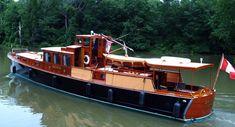 yachtdolphin-2