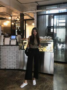 Summer Outfits, Casual Outfits, Cute Outfits, Fashion Outfits, Ulzzang Fashion, Ulzzang Girl, Korea Fashion, Asian Fashion, Korean Aesthetic