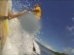 SUP surfing at Lahaina, Maui. www.mauiunique.com