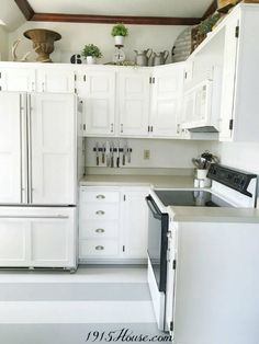 How to Paint Old Linoleum Kitchen Floors - 1915 House Grey Kitchen Cabinets, Kitchen Cabinet Design, Painting Kitchen Cabinets, Kitchen Paint, Kitchen Redo, Kitchen Remodel, Kitchen Dining, Kitchen Black, Kitchen Ware
