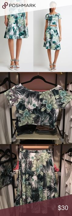 HP: Palm Print 2-Piece Set Chic palm print set with a crop top (can be worn off-the-shoulder) and A-line skirt. Crafted in stretchy scuba material. Skirt is NWT (size S), top is NWOT (size M, but can fit size S). Both still in brand new condition. Forever 21 Dresses