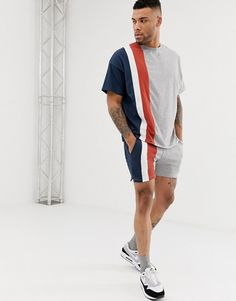Buy ASOS DESIGN co-ord skinny shorts in shorter length with colour blocking in grey at ASOS. With free delivery and return options (Ts&Cs apply), online shopping has never been so easy. Get the latest trends with ASOS now. Beach T Shirts, Boys T Shirts, Asos Jumpsuit, Jungs In Shorts, African Wear Styles For Men, Sneaker Trend, Mens Designer Shirts, Look Man, Skinny Shorts