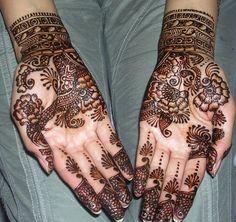 henna, always loved the artist detail!