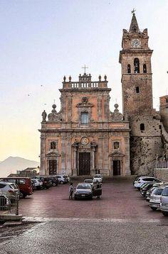 Caccamo Jerusalem, Barcelona Cathedral, Notre Dame, Building, Travel, Viajes, Buildings, Destinations, Traveling