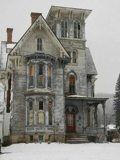 How awesome would it be to renovate this old house?  It's gorgeous architecture.