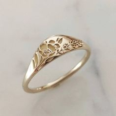Wedding Rings Sets Gold, Gold Wedding, Wedding Band, Floral Wedding, Daffodil Wedding, Vintage Rings, Vintage Jewelry, Vintage Style, Champagne Diamond Rings