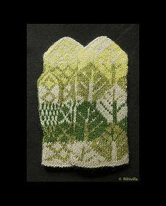 Ravelry: Spring Spirit Mittens pattern by Jouni Riihelä and Leena Riihelä Crochet Mittens, Mittens Pattern, Crochet Gloves, Knitting Socks, Hand Knitting, Knit Crochet, Knit Socks, Knitting Ideas, Knit Stranded