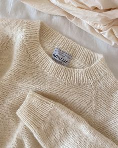 Ravelry: No Frills Sweater pattern by PetiteKnit Knit Beanie Pattern, Sweater Knitting Patterns, Knit Patterns, Raglan Pullover, Jumper, Elastic Thread, Fair Isles, No Frills, Simple Designs