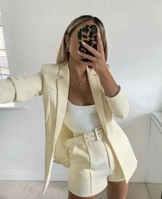 Mode Outfits, Chic Outfits, Fashion Outfits, Womens Fashion, Fashion Fashion, Office Outfits, Fashion Online, Fashion Ideas, Classy Fashion