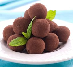 Vegan Truffles - This sounds soo good, makes my mouth water.