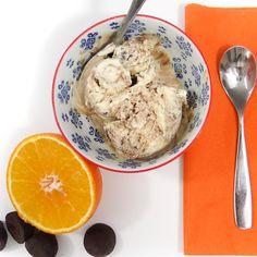 orange-chocolate-ice-cream-close-up