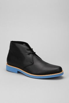 Leather Buck Chukka Boot