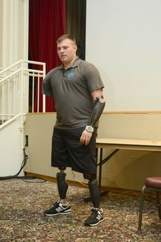 Wounded Veteran lost all 4 limbs!!! Help us open a homeless shelter for our Wounded Homeless Veterans!!! Please donate to Save The Life Of A Veteran!!!