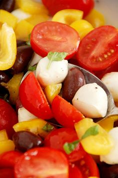 Yellow Bell Pepper, tomato, Olive,  & Mozzarella Salad...will be DELISH & EASY to make once our Garden has bloomed!!!