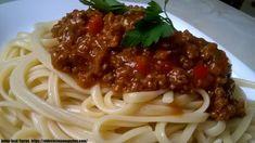 TALLARINES A LA BOLOÑESA - Oido Cocina!! Pollo Guisado, Carne Picada, Spaghetti, Ethnic Recipes, Food, Al Dente, Meatloaf, Tagliatelle, Vegetables