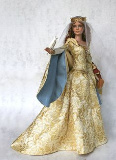 """""""Eleanor of Aquitaine, Queen of France, Queen of England""""   """"A while ago, I was surfing the internet for portraits of royal ladies & came across this wonderful collection of historical dolls created by Cheryl Crawford. I thought the dolls & their costumes looked beautiful. I just love how Miss Crawford was able to transform well-known & evocative characters in history into such  beautiful works of art. Here're some photos of her lovely creations. By the way, I don't own any of these dolls…"""
