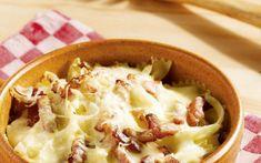 Pasta met wittekool en spekjes - Libelle Lekker Pasta Recipes, Cake Recipes, Penne Pasta, Cauliflower, Mashed Potatoes, Cabbage, Good Food, Food And Drink, Vegetables