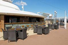 MSC Fantasia - MSC Yacht Club The One Pool