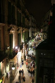 The Gothic Quarter is the centre of the old city of Barcelona ∞