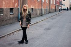Military jacket (by Fanny Lyckman) http://lookbook.nu/look/2527301-Military-jacket