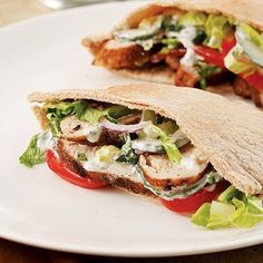 We know eating breakfast is important for losing weight, but don't forget about lunch! Keeping your lunch to 400 #calories, or less, will help you keep your #diet on track   http://www.eatingwell.com/nutrition_health/weight_loss_diet_plans/diet_meal_plans/Lunches_for_400_calories_or_less?socsrc=ewfb0714133