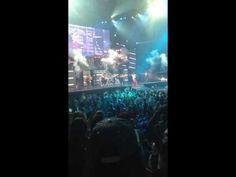 Justin Bieber - Boyfriend live