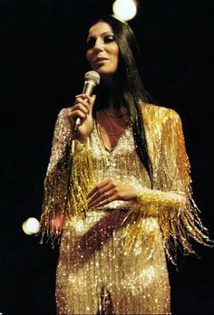 Cher in concert wearing Bob Mackie circa 1974 Disco Party, 70s Party, Disco Ball, Studio 54, 70s Fashion, Vintage Fashion, Fashion Outfits, Disco Fashion, Vintage Beauty