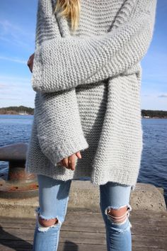Oversized sweater by Maria Skappel Sweater Knitting Patterns, Ripped Denim, Pulls, Her Style, Passion For Fashion, Autumn Winter Fashion, Dress To Impress, Winter Outfits, Cute Outfits