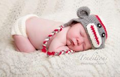 "Free Sock Monkey crochet baby hat pattern! Must make using G Crochet hook and worsted weight yarn. The crafts blog recommends ""Pattons ""Canadiana"