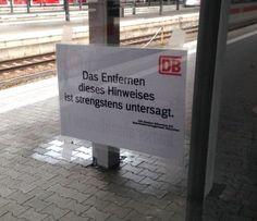 Als sie wieder so unfreundlich klangen, obwohl es nur um ein Schild ging. | 26 Momente, als die Deutsche Bahn definitiv zu weit gegangen ist