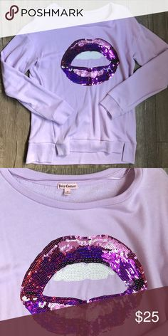 🍬Juicy Couture sweat shirt🍬 New with out tags , never worn, nice and stylish Juicy Couture Tops Sweatshirts & Hoodies