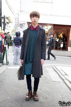 Business As Usual Overcoat, Kinji Shorts & Uniqlo Skinny Pants http://tokyofashion.com