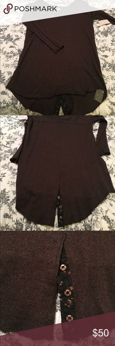 BNWT Free People TunicDress Dark Brown Snap Detail BNWT Free People Dress/Tunic Dark Marled Brown Cotton Size Large Boatneck Long sleeves Snap detailing on tail. Free People Dresses