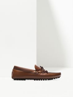 BROWN LOAFERS WITH BOW