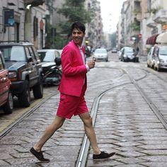 Hello Pink combo w/@emreerdemoglu #onurollstyleco #mfw #milan #onurollstyleonthego #onurollstyleontheway