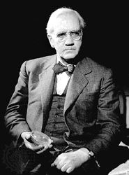 Sir Alexander Fleming 1881-1955 He unearthed something that would change the World, he discovered Penicillin!