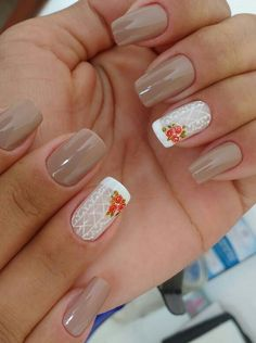 Fall nail art design idea on short nails