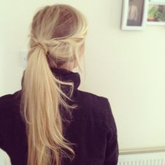 messy weekend ponytail...wish my hair was this thick. And this blonde still.