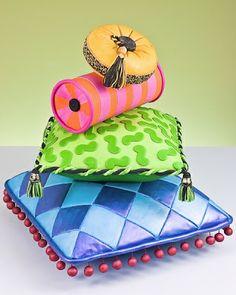 African Wedding Cake Pillow Designs   Cool wedding cakes, unique designs!