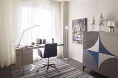 Evolo 1 - Espace bureau - Ameublement Roche-Bobois Luxury Furniture, Furniture Design, Furniture Companies, Condominium, House Tours, Corner Desk, The Unit, Luigi, Interior Design