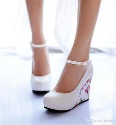 Mejores 26 imágenes de Zapatos heels en Pinterest Zapatos heels Zapatos Wedges y d04bfa